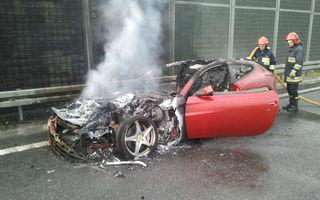 Un Ferrari FF a luat foc în Polonia
