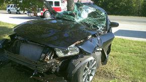 Ford Mustang GT, distrus în opt ore de noul său proprietar