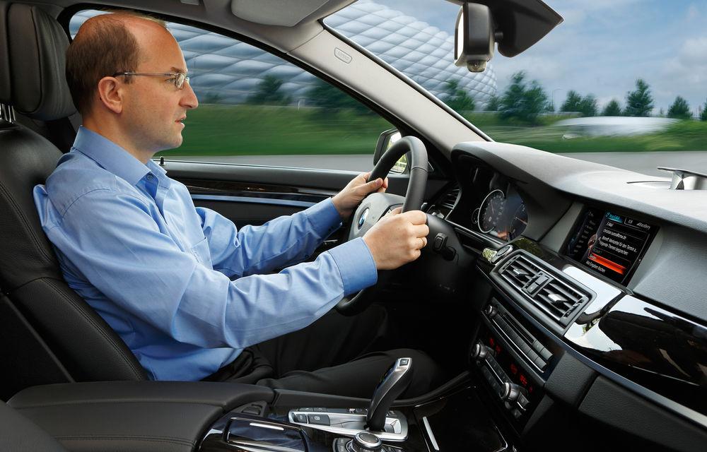 BMW inovează: internet 4G, navigaţia tactilă 3D şi dictarea SMS-urilor - Poza 2