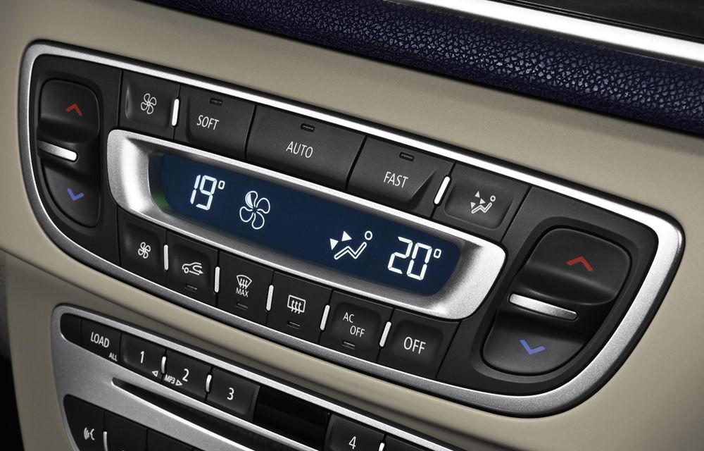 Studiu ADAC: Climatizarea maşinii creşte consumul între 0.2 şi 0.4 litri la suta de kilometri - Poza 1