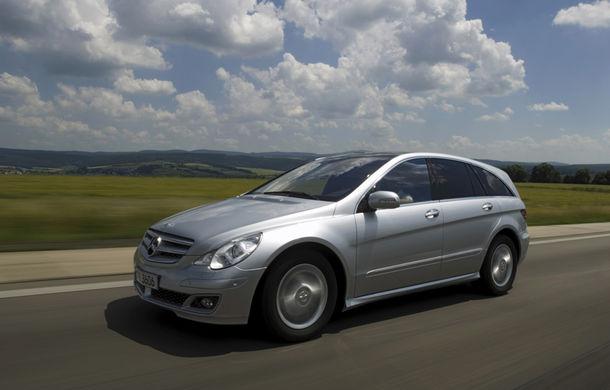 POVEŞTI AUTO: 105 ani de automobile Mercedes-Benz cu tracţiune integrală - Poza 19