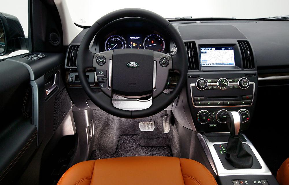 Land Rover Freelander 2 a primit un facelift discret - Poza 9