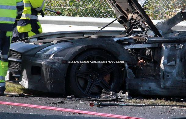 Un prototip Mercedes SLS AMG Black Series, incendiat pe Nurburgring - Poza 13
