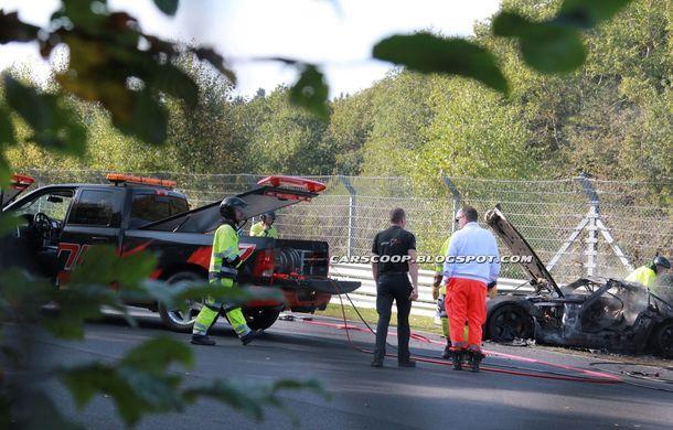 Un prototip Mercedes SLS AMG Black Series, incendiat pe Nurburgring - Poza 9