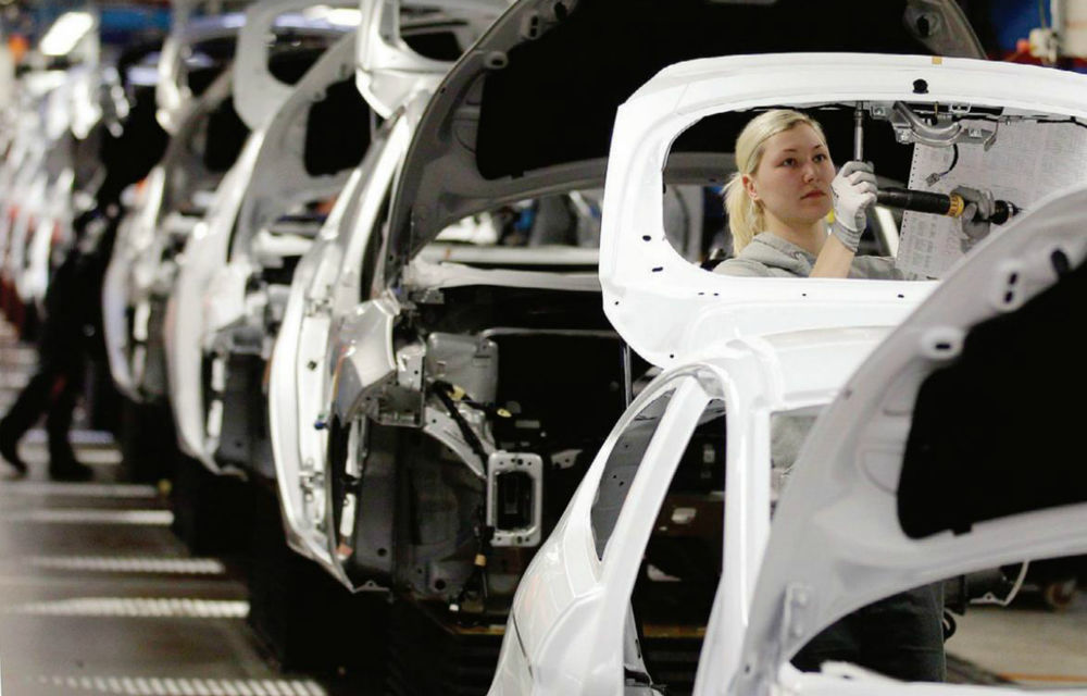 Europa: Renault şi Chevrolet, indignaţi de reducerile oferite de Fiat şi PSA - Poza 1