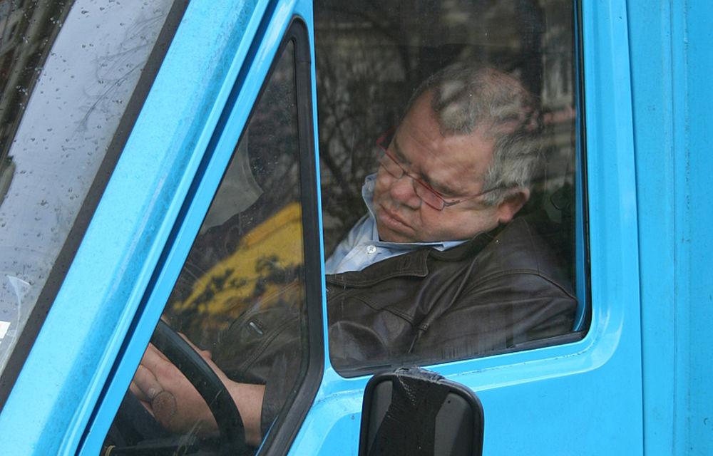 Oboseala la volan se poate instala mai repede dimineaţa - Poza 1