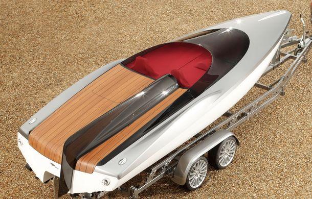 Jaguar a proiectat o ambarcaţiune drept accesoriu pentru XF Sportbrake - Poza 11