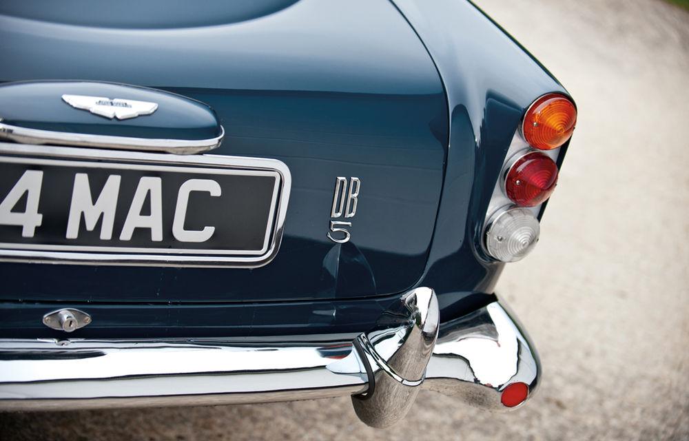 Aston Martin DB5 deținut de Paul McCartney vândut la licitație pentru 307.000 lire sterline - Poza 14