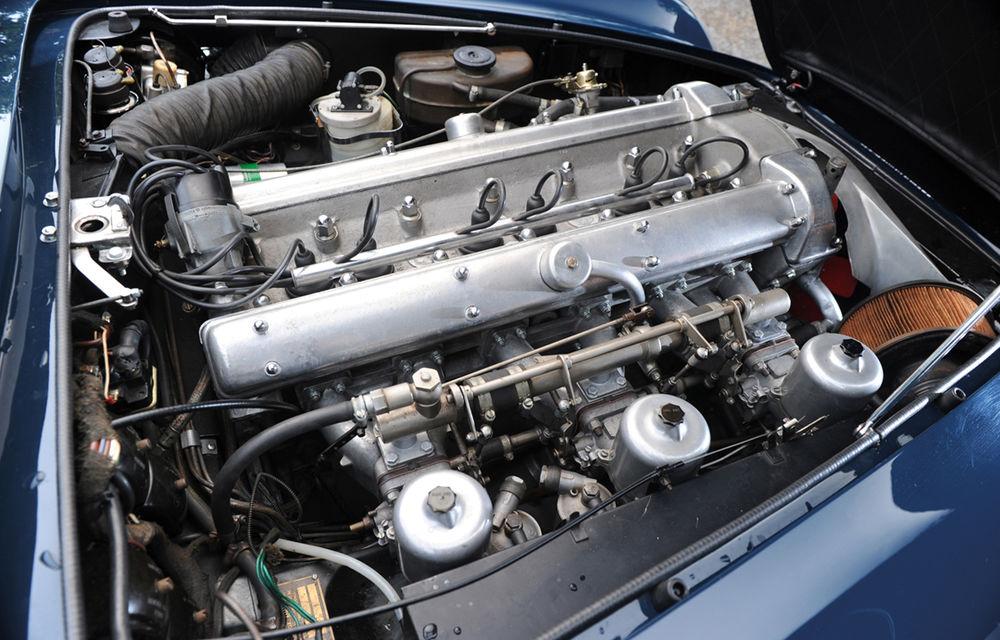 Aston Martin DB5 deținut de Paul McCartney vândut la licitație pentru 307.000 lire sterline - Poza 3
