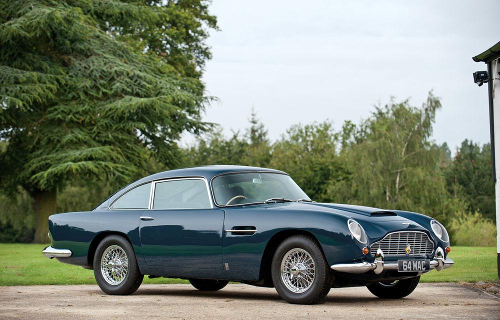 Aston Martin DB5 deținut de Paul McCartney vândut la licitație pentru 307.000 lire sterline - Poza 1