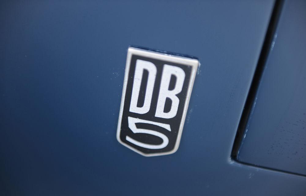 Aston Martin DB5 deținut de Paul McCartney vândut la licitație pentru 307.000 lire sterline - Poza 6