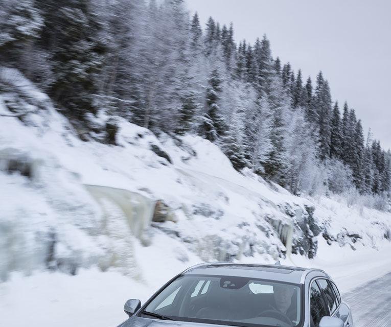 REPORTAJ: Volvo şi viaţa în nordul îngheţat - Poza 9