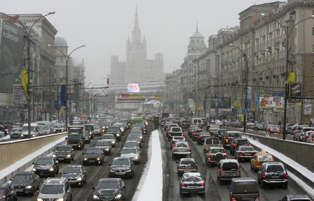 Moda camerelor video montate pe bord: din Rusia în România, în luptă cu traficul - Poza 5