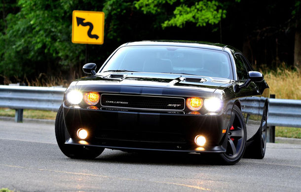 Sergio Marchionne vinde la licitaţie propriul Dodge Challenger SRT8 - Poza 1