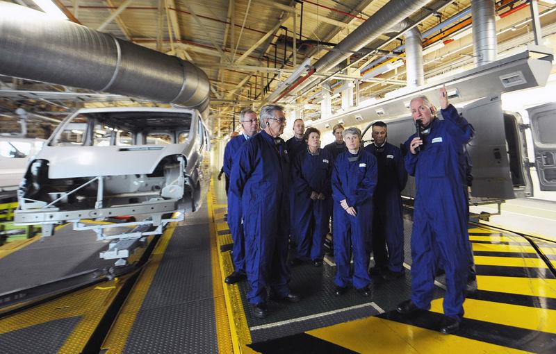 Opel închide uzina din Bochum după ce muncitorii refuză ultima ofertă de restructurare - Poza 1