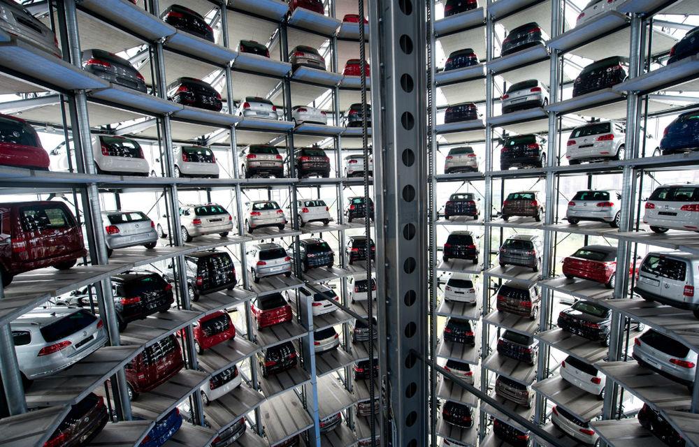 Europa: Vânzările de automobile noi au crescut pentru prima dată în ultimele 19 luni - Poza 1