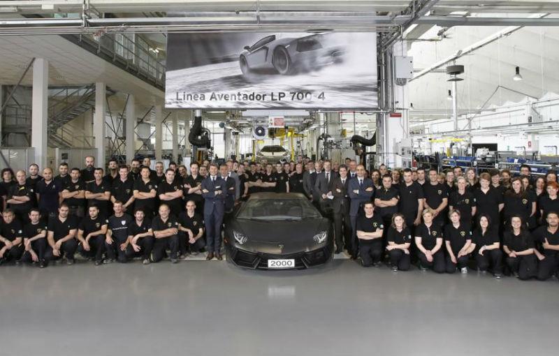 Lamborghini a produs 2000 de exemplare Aventador în aproape doi ani - Poza 1