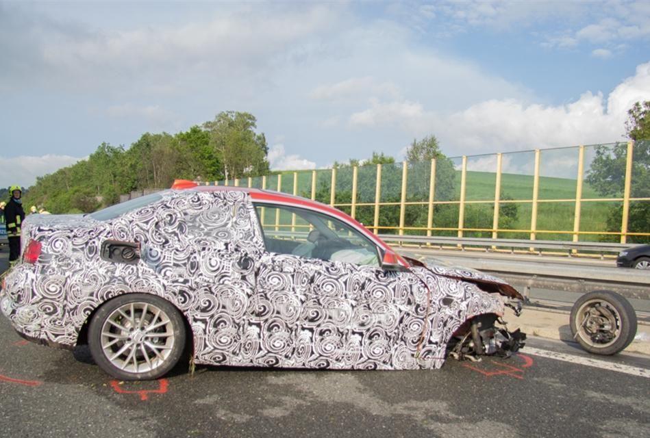 Un prototip al viitorului BMW Seria 2, distrus într-un accident în timpul testelor - Poza 6