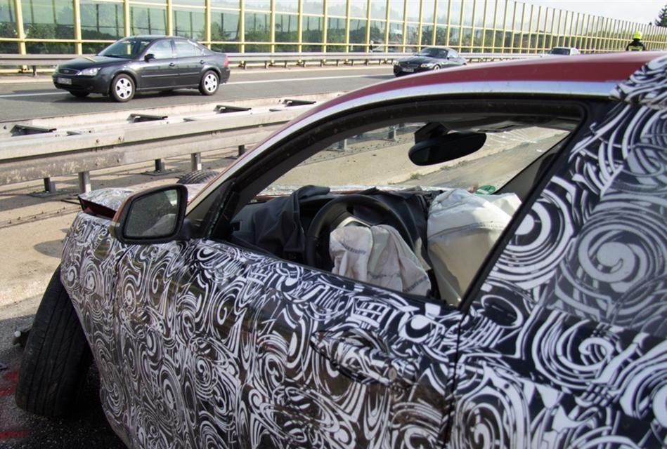 Un prototip al viitorului BMW Seria 2, distrus într-un accident în timpul testelor - Poza 8