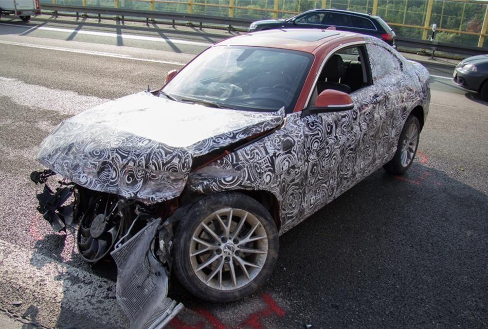 Un prototip al viitorului BMW Seria 2, distrus într-un accident în timpul testelor - Poza 5