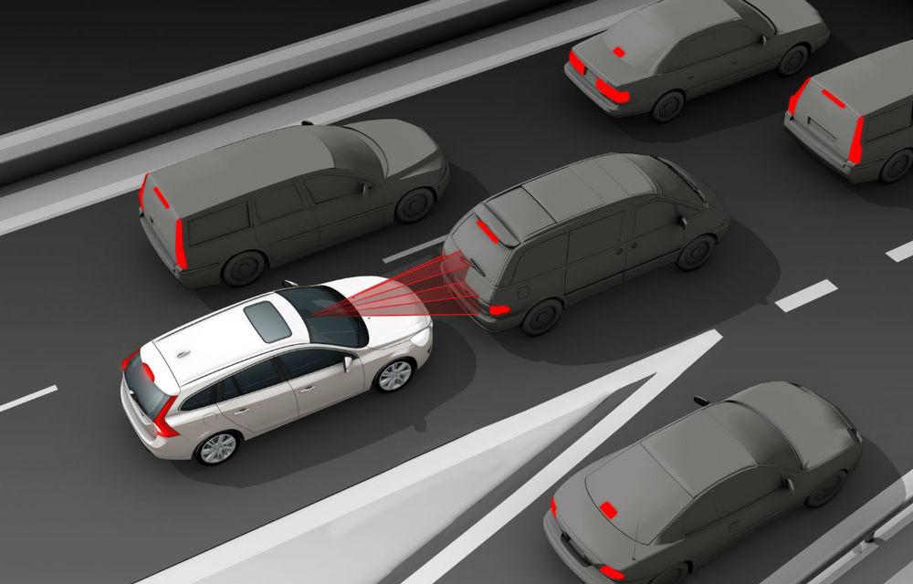 Volvo a vândut un milion de automobile cu sistem de frânare automată - Poza 2