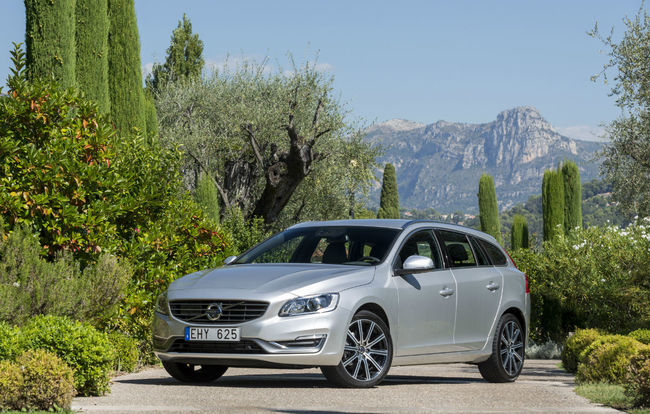 Test drive Volvo V60 facelift (2013-2018)