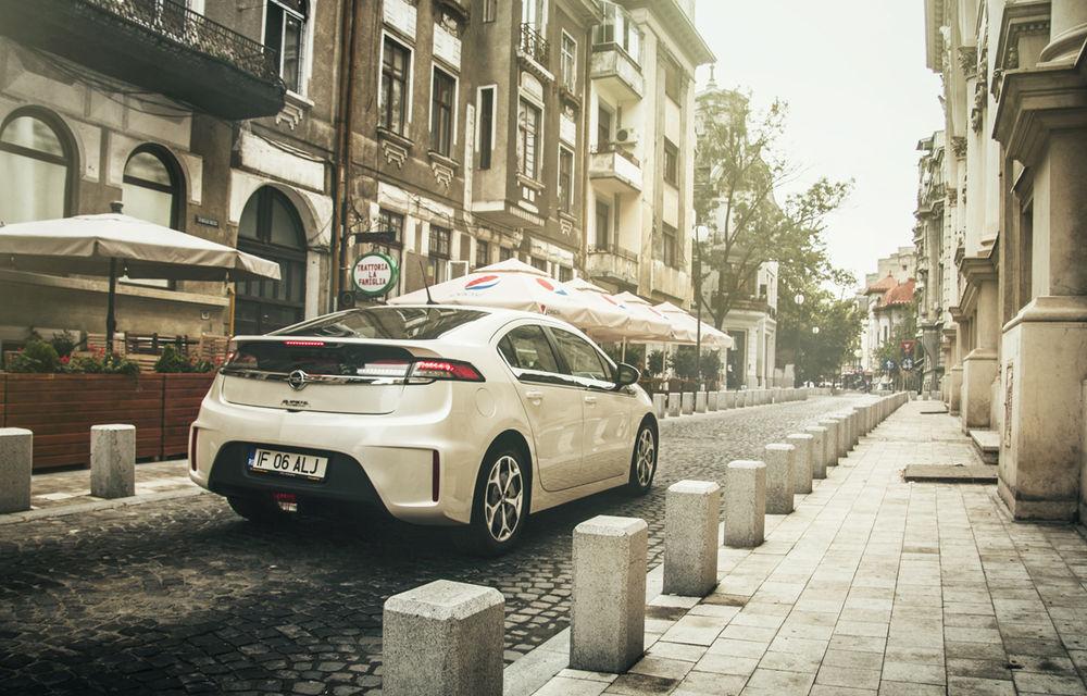 Test de (in)compatibilitate: România anului 2013 vs. maşinile electrice - Poza 3