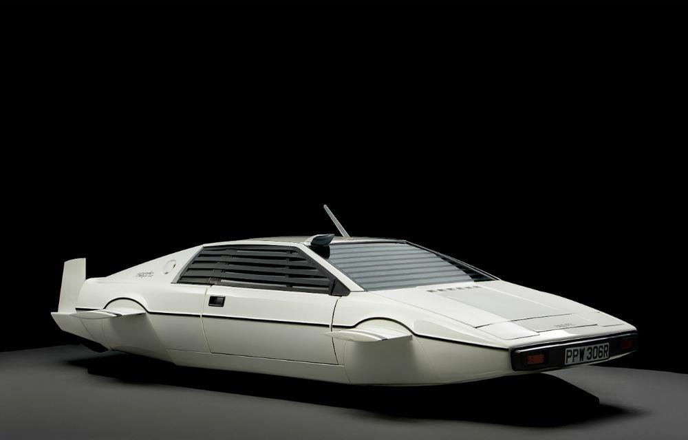 Elon Musk vrea să construiască o maşină submersibilă - Poza 1