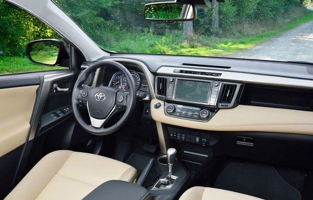 Toyota RAV4 primeşte o nouă versiune şi o echipare îmbunătăţită - Poza 37