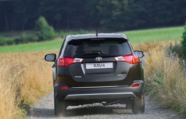 Toyota RAV4 primeşte o nouă versiune şi o echipare îmbunătăţită - Poza 9