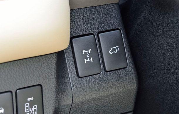 Toyota RAV4 primeşte o nouă versiune şi o echipare îmbunătăţită - Poza 39