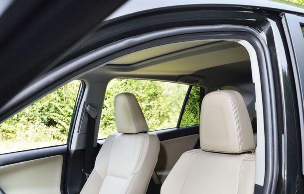 Toyota RAV4 primeşte o nouă versiune şi o echipare îmbunătăţită - Poza 44