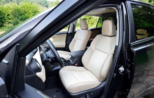 Toyota RAV4 primeşte o nouă versiune şi o echipare îmbunătăţită - Poza 35