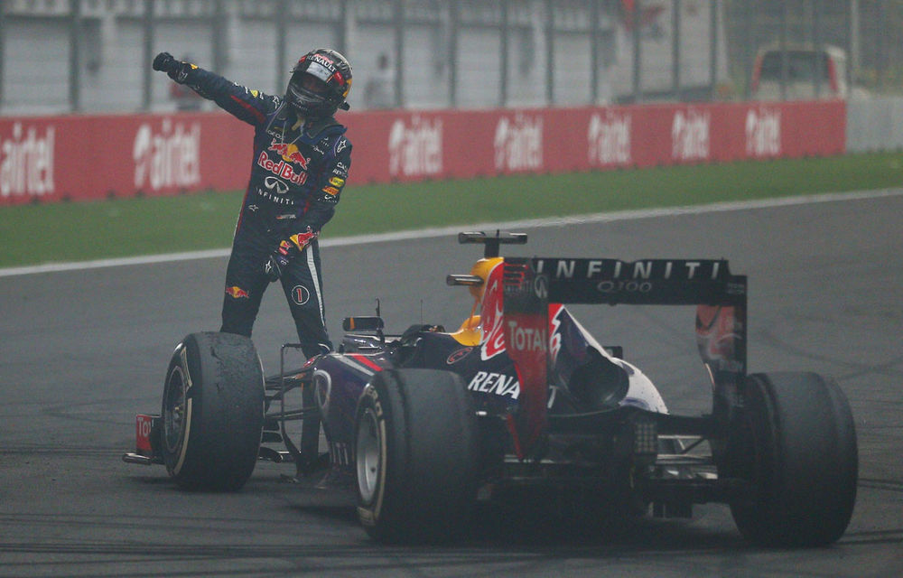 GALERIE FOTO şi VIDEO: Vettel a sărbătorit cu stil al patrulea titlu mondial din carieră - Poza 8