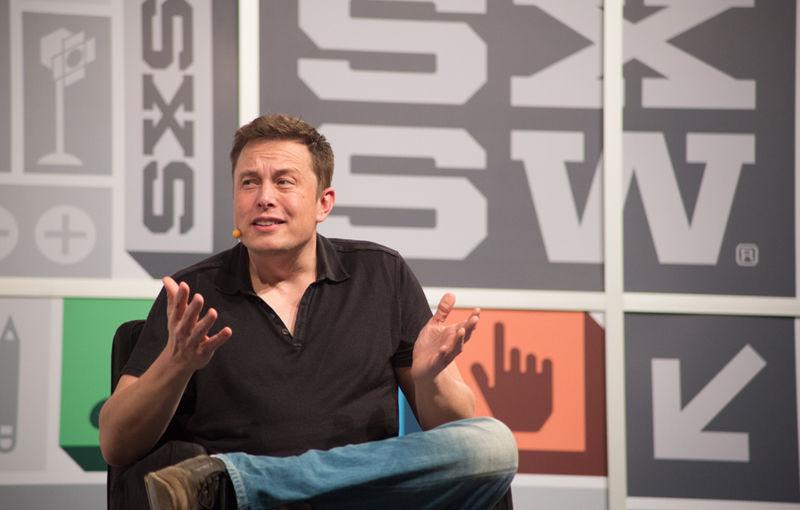 """Elon Musk face revoluţie: Tesla Motors construieşte o """"giga-fabrică"""" de baterii Litiu-Ion pentru a face faţă producţiei preconizate în 2017 - Poza 1"""