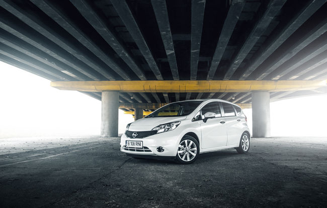 Test drive Nissan Note (2013-2015)