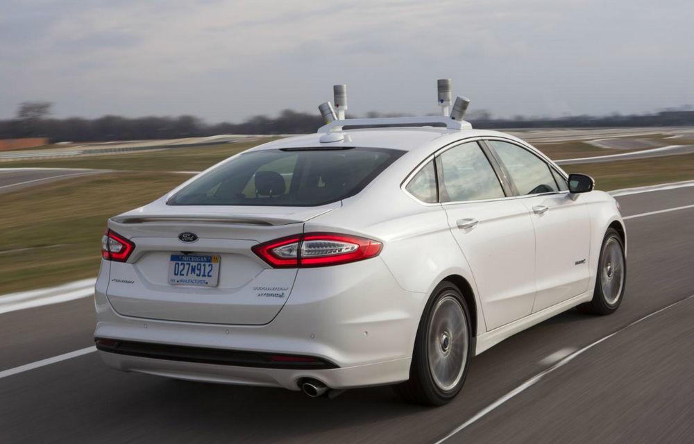 Ford a dezvelit prototipul care pregăteşte viitoarele tehnologii de conducere autonomă - Poza 5