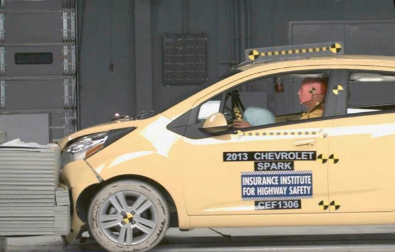 Chevrolet Spark, singurul model mini care trece examenul de siguranţă american IIHS - Poza 1