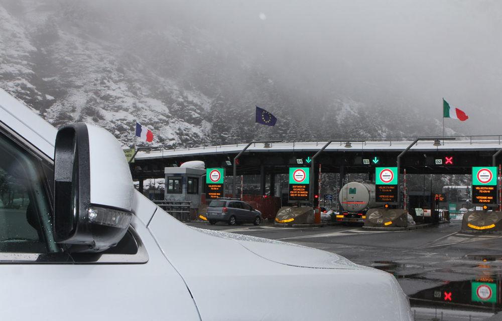 REPORTAJ Geneva 2014: Furnicarul cu premiere - Poza 9