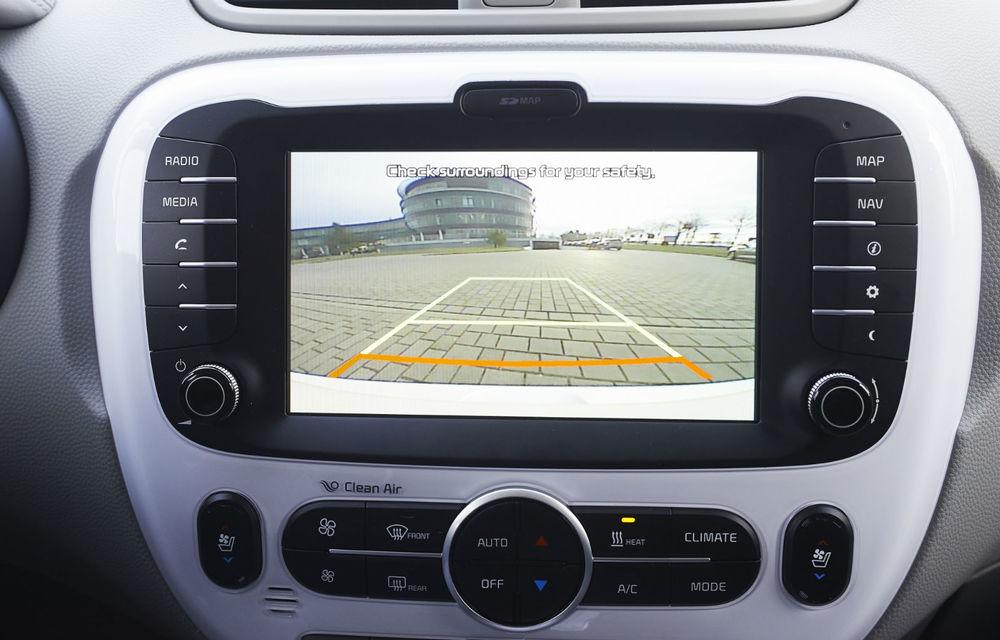 Kia Soul EV: prima electrică de serie a mărcii are 7 ani garanţie şi 200 km autonomie - Poza 8