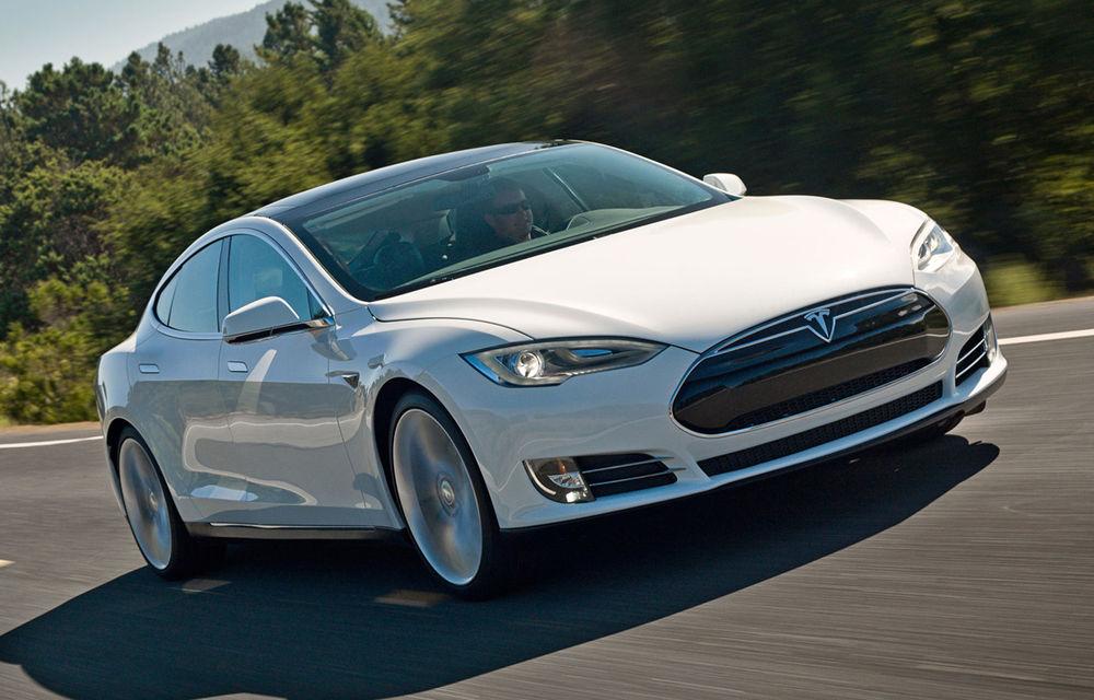 Tesla Model S face senzaţie în Norvegia: a devenit cel mai bine vândut model într-o singură lună în întreaga istorie a pieţei auto - Poza 1