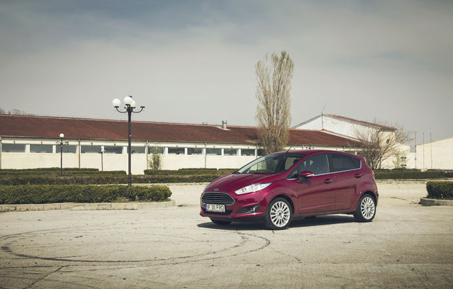 Test drive Ford Fiesta facelift (2013-2017)
