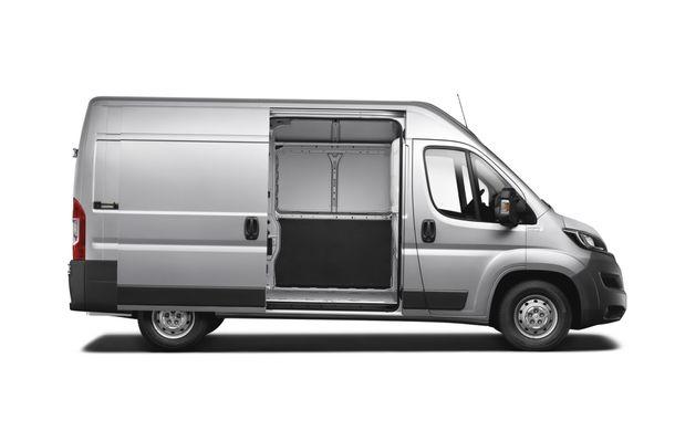 Peugeot Boxer facelift: dotări şi forme noi pentru utilitara franţuzească - Poza 4