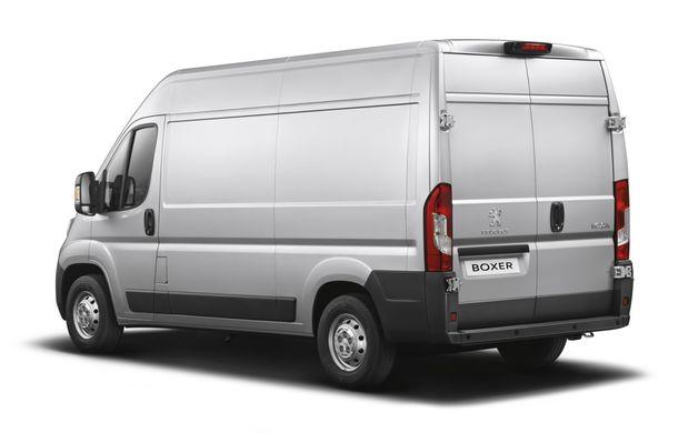 Peugeot Boxer facelift: dotări şi forme noi pentru utilitara franţuzească - Poza 2