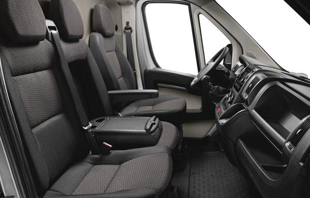 Peugeot Boxer facelift: dotări şi forme noi pentru utilitara franţuzească - Poza 8