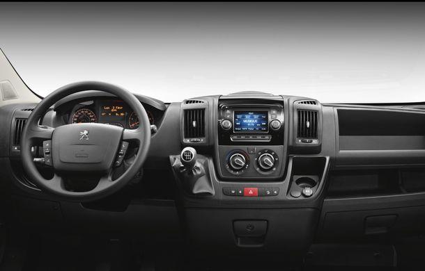 Peugeot Boxer facelift: dotări şi forme noi pentru utilitara franţuzească - Poza 9