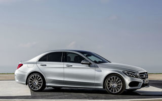 Mercedes-Benz C-Klasse va avea şi o versiune de performanţă accesibilă: C450 AMG Sport