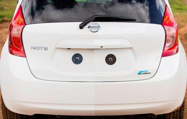 Nissan testează vopseaua care nu permite murdărirea maşinii - Poza 3