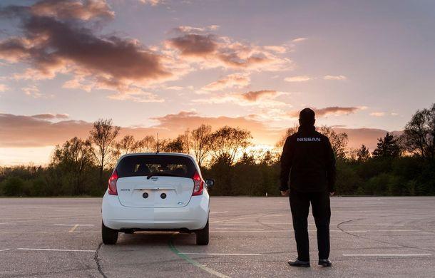 Nissan testează vopseaua care nu permite murdărirea maşinii - Poza 7