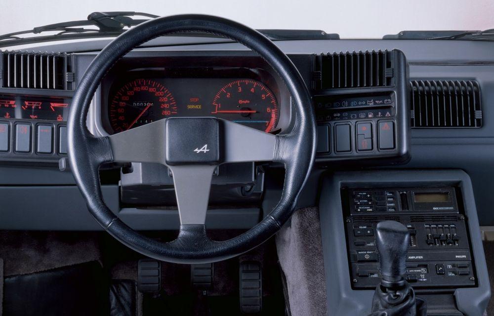 Poveşti auto: Alpine - diamantul din sertarele Renault - Poza 23